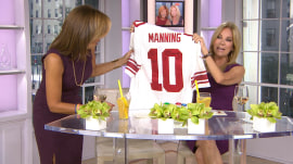 Hoda can't believe the gift she got from Kathie Lee!