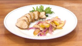 Simple one-pan pork tenderloin with apples, onions: Al Roker shows how