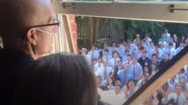 400 students serenade teacher with cancer