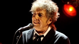 Nobel Academy: We can't find Bob Dylan to give him his prize