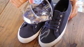 Waterproof your sneakers … in a snap!