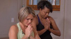 Dylan Dreyer gives prenatal yoga a try