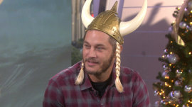 Travis Fimmel: Beards are too hipster for me (unless I'm on 'Vikings' set)