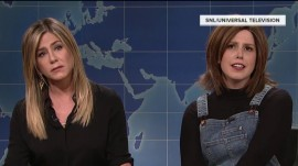 Jennifer Aniston strikes back at 'SNL' spoof of her Rachel from 'Friends'