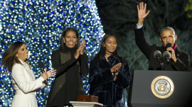 Obama family lights National Christmas Tree for the last time