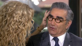 Eugene Levy's iconic eyebrows get a sultry massage from Kathie Lee