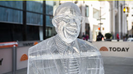See how Al Roker looks carved in ice!