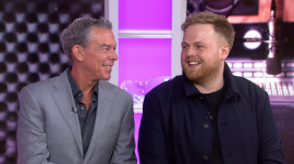Meet Scottish singer-songwriter Tom Walker, Elvis Duran's Artist of the Month
