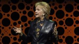 Hillary Clinton slams Trump, Sean Spicer in late-night speech