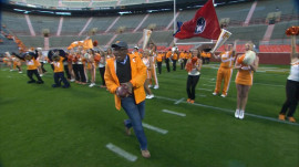 Watch Al Roker's grand Rokerthon 3 entrance at the University of Tennessee