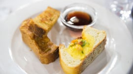 Breakfast bread boat and French toast sticks: Al Roker shows how