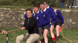 See TODAY anchors try Scottish tug of war, stone put