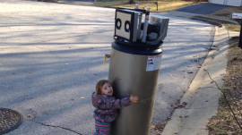 This little girl mistakes a water heater for a robot and it's the cutest thing ever