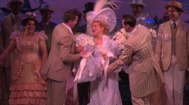 Bette Midler returns to Broadway in 'Hello Dolly!' revival