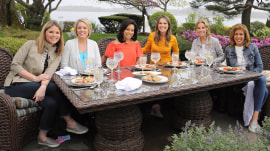 See the moms of TODAY gather in Kathie Lee Gifford's garden