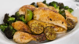 Roasted chicken with broccoli: Don't forget to add the beer!
