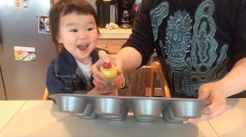 This 2-year-old loves to cook more than anything and it's absolutely adorable
