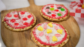 "Waffle 'pizzas,"" Twinkie 'hot dogs': Make them for dad for Father's Day"