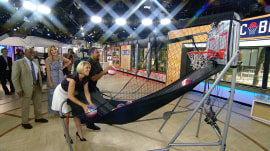 Watch Rapper Ice Cube shoot hoops with the TODAY anchors