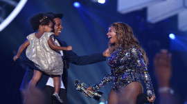 Beyonce and Jay Z reportedly welcome twins