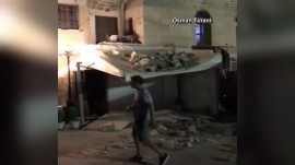 Earthquake in Greece kills at least 2, injures scores more