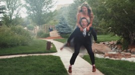 Watch this wedding fail by maid of honor and best man