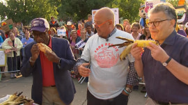 Watch Al Roker try a Gizmo sandwich at Minnesota State Fair