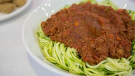 Hungry Girl makes spaghetti Bolognese with a healthy twist: Get the recipe!