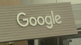 Google pays women less than men, lawsuit alleges