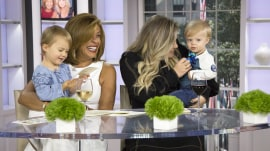 See Kelly Clarkson's adorable daughter and son take over TODAY