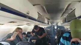 Plane fills with smoke during landing; 150 safely evacuated