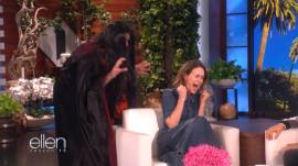 Sarah Paulson gets pranked by Ellen DeGeneres