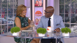 Watch Hoda Kotb and Al Roker play 'Wine or Weather'