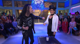 See illusionist bring Halloween magic to Megyn Kelly TODAY