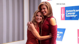 Hoda Kotb honored with Mother of the Year award
