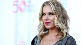Christina Applegate reveals she had her ovaries, fallopian tubes removed