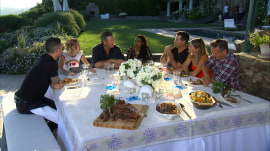 Miley Cyrus, Blake Shelton and other 'Voice' stars feast with Carson Daly