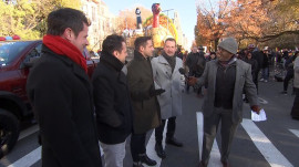 98 Degrees catches up with Al Roker ahead of Thanksgiving Day Parade
