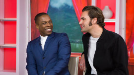 Meet 'Murder on the Orient Express' stars Leslie Odom Jr. and Tom Bateman