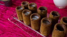 Festive holiday cocktails: Drunk gingerbread, cookie dough shooters, more