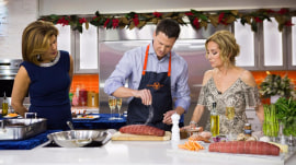 Make beef tenderloin with lobster for New Year's Eve