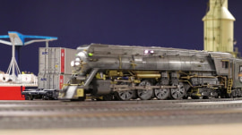 Toy trains: Lionel puts a high-tech twist on a beloved holiday tradition