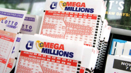 Mega Millions jackpot jumps to $343 million; Powerball remains at $384 million
