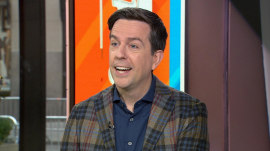 Ed Helms talks about new film 'Father Figures,' new show 'Fake News'