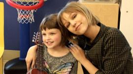 Watch 'AGT' winner Grace VanderWaal inspire kids in hospital with music