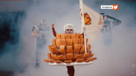How one man achieved his dream of becoming Outback Bowl mascot