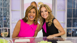 Watch new TODAY co-anchor Hoda Kotb get a congratulatory call from her family