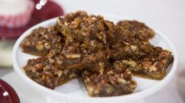 Pecan-pumpkin bars, coconut cupcakes: Guilt-free Southern desserts