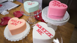 Make conversation heart cakes for Valentine's Day