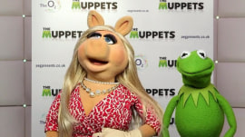 Miss Piggy and Kermit weigh in on Prince Harry's wedding
